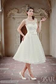 jugendstil brautkleid die besten 25 hochzeitskleid 60er ideen auf 60er
