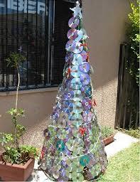 detallelogia árboles de navidad reciclando papel carton cds