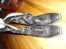 ariat s boots size 12 s ariat black leather cowboy boots w trim size 12 d