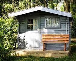 cabane jardin construire un abri de jardin en bois de palettes