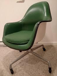 Herman Miller Armchair Miller Vintage Chair Label Novice Needs Help To Id Office Chair