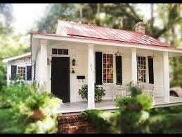 two bedroom cottage this cozy two bedroom cottage in beaufort south carolina small