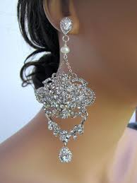 bridal chandelier earrings 21 best wedding earrings images on bridal earrings