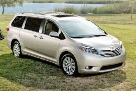 toyota mini car used 2015 toyota sienna for sale pricing u0026 features edmunds