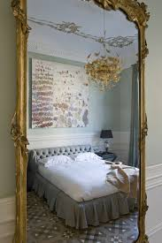 how to decorate a bedroom like a boutique hotel style