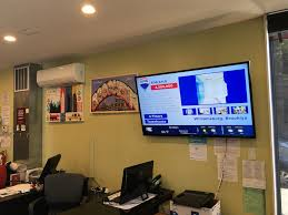 re max upgrades its property listings with digital signage crowntv