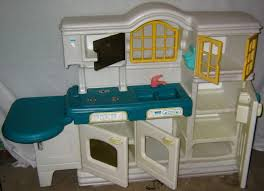 Little Tikes Kitchen Set by Little Tikes Pimp My Product Playhouse Kitchen Sets For Toddlers