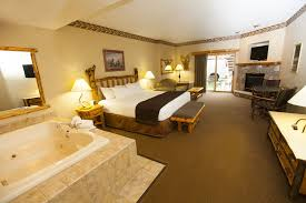 Hotels With A Fireplace In Room by Great Wolf Lodge Cincinnati Mason 2017 Room Prices Deals