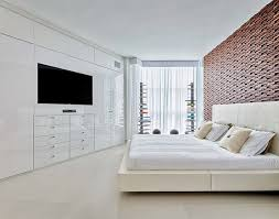 armoire chambre blanche design interieur chambre adulte blanche grand lit coussins