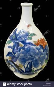 Japanese Kutani Vases Edo Period Enamel 1600 1868 Porcelain Japan Kano Style Kutani Vase