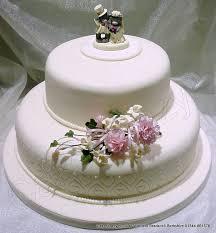wedding cake 2 tier cakescrazy bespoke wedding cakes
