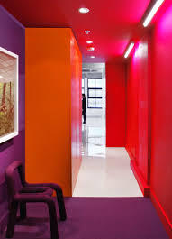 25 modern colourful interior design inspiration purple chair