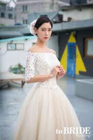 clara transforms into a gorgeous bride for u0027tobride wedding