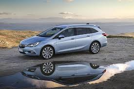 opel singapore opel astra sports tourer a compact estate which is spacious and