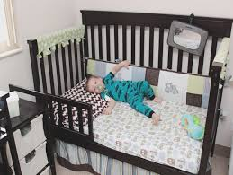 Baby Crib Convert Toddler Bed How To Convert Graco Crib To Toddler Bed Converting A Crib Into