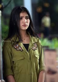 film siapa takut jatuh cinta bianca mengenal maureen daryanani pesaing natasha wilona di siapa takut