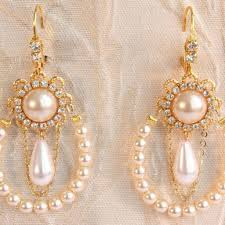 gold bridal earrings chandelier bridal earrings pearls chandelier gold wedding
