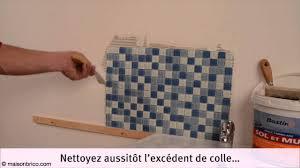 poser carrelage mural cuisine poser un carrelage mural affordable conseil pose carrelage