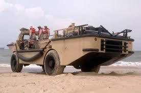 amphibious rescue vehicle file larc of bmu 2 jpg wikimedia commons