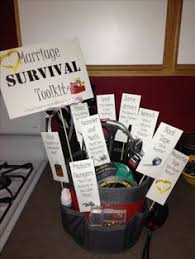 honeymoon shower gift ideas honeymoon gift basket feeling crafty honeymoon
