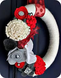 make a felt flower wreath tutorial