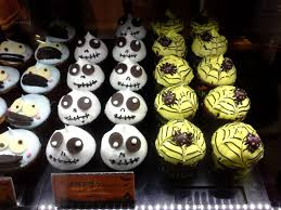 manoffin u0027s spooky and scrumptious halloween themed muffins from