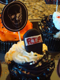 photos of halloween cakes halloween cupcakes cakecentral com