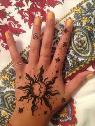 a simple hamsa henna pinterest hennas mehndi and mehndi designs