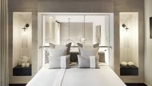 kelly hoppen to headline the bold summit home and design