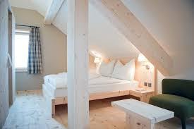 Diy Wooden Bedside Table by Diy Bedroom Storage Solid Wood Platform Bed Frame Twin Chrome