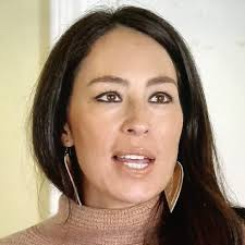 joanna gaines no makeup joanna gaines was wearing a tiny nose ring on a few episodes of