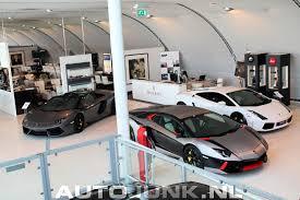 lamborghini dealership dealer spot lamborghini aventador en aventador roadster combo