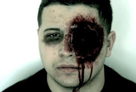 Makeup For Halloween Costumes by Diy Missing Eye Makeup Create A Gruesome Realistic Halloween