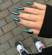 this is how sharp i want my nails to be reposted from