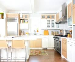 two toned kitchen cabinet best two tone kitchen cabinets ideas