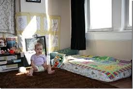 quand faire dormir bébé dans sa chambre le lit bébé version montessori