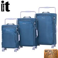 lightest cabin bag it luggage world s lightest trolley 3pc suitcase set cabin bag tsa
