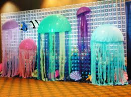 Jellyfish Home Decor by These Giant Jellyfish Would Be Cute With All The Bubble Clear
