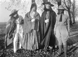 15 disturbing vintage halloween costumes to haunt your dreams