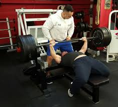 Biggest Bench Press In The World - clifford richards from andover lifts record bench press at his