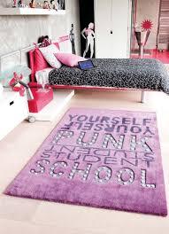 tapis de chambre enfant chambre enfant violet best cheap tapis violet de chambre enfant