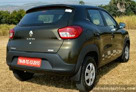 renault kwid on road price renault kwid 1 0l easy r amt rear quarter review indian autos blog