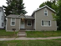 1 bedroom apartments for rent in eau claire wi 233 hudson st apartment 2 uwec student apartment for rent