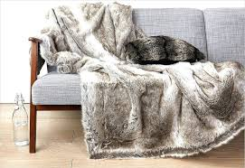 plaids fausse fourrure pour canapé plaids pour canape ambiance cocooning avec ce plaid imitation