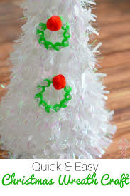 quick and easy christmas wreath craft for families