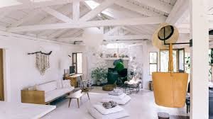 how this architect turned a hunting lodge into a minimalist chill