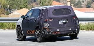 purple camo jeep 2018 hyundai santa fe spied with less camouflage photos 1 of 3