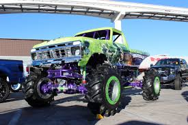 monster truck shows 2014 rc car action u0027s kevin hetmanski on the scene at sema 2014 air