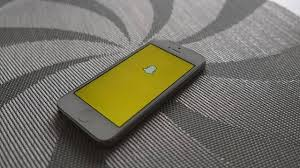 lifehacker best black friday deals sites snapchat now let users link websites using snapcodes life hacker