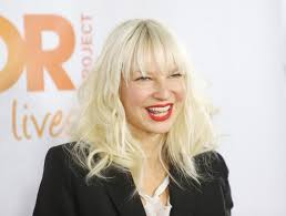Chandelier Sia Dance Chandelier Song By Sia Picnic English Sia Face Pics Singer